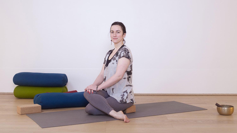 soulager le bas du dos et g rer les probl mes de sciatique casa yoga tv. Black Bedroom Furniture Sets. Home Design Ideas