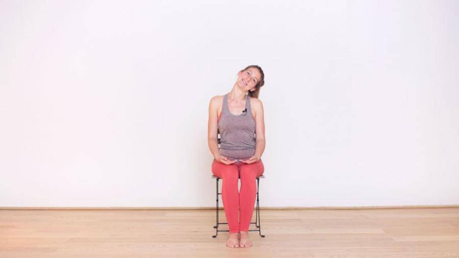 au bureau soulager le bas du dos casa yoga tv. Black Bedroom Furniture Sets. Home Design Ideas
