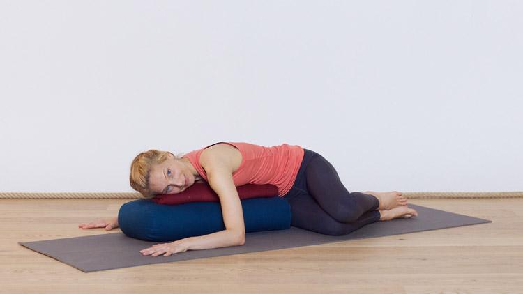 posture yoga rafraichissante