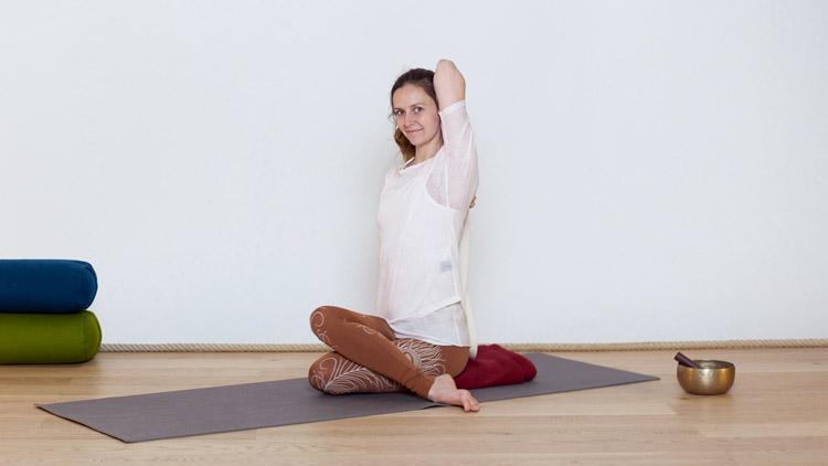 Sigue la clase de yoga online Una práctica nocturna con Diane Duhamel   Hatha yoga