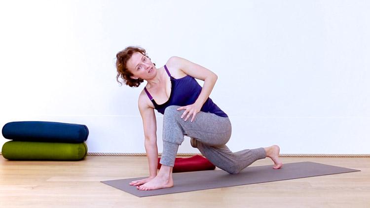 flow d butants torsions casa yoga tv. Black Bedroom Furniture Sets. Home Design Ideas
