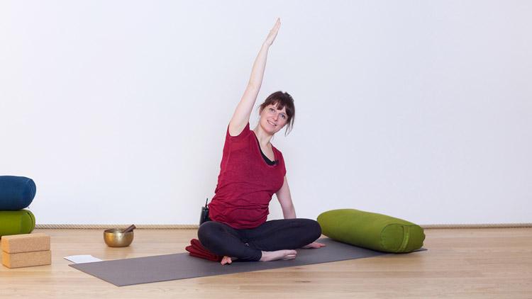 Suivre le cours de yoga en ligne Une grossesse en toute sérénité sur Casa Yoga Tv