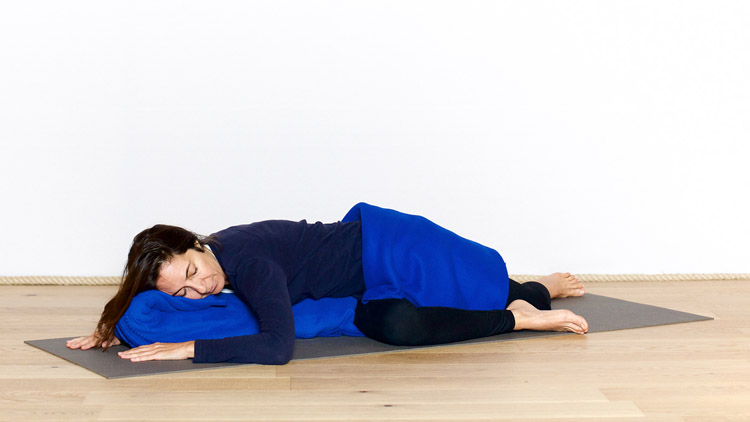 tous nos cours de yoga d butant en ligne. Black Bedroom Furniture Sets. Home Design Ideas