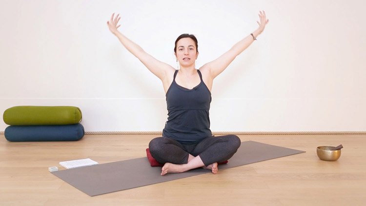 """Suivre le cours de yoga en ligne """"De l'espace pour soi et pour bébé"""" sur Casa Yoga Tv"""